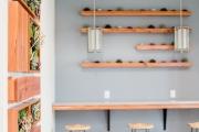 Interior-design-with-living-art